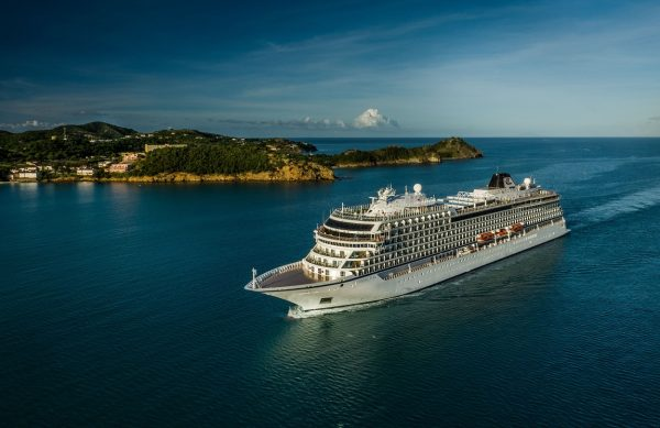 viking-ocean-cruises-sailing-antigua